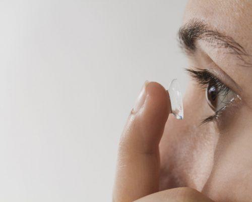 Cara Merawat Mata dengan Benar Bila Menggunakan Lensa Kontak