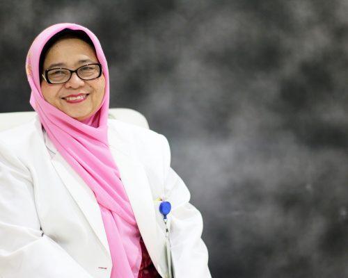 dr. Etty Sumiyeti, Sp.P, M.Kes - Spesialis Paru tuberkulosis