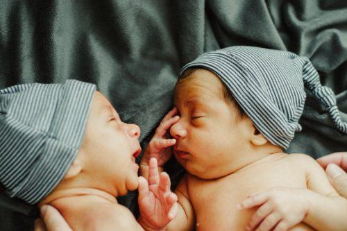 kehamilan bayi kembar, rumah sakit awal bros bekasi barat, rs awal bros, dokter spesialis kandungan, dokter obgyn
